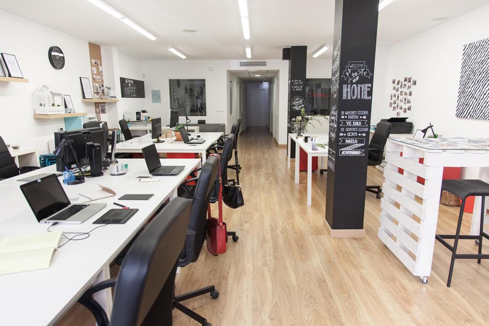 Espacios coworking la eliana for La oficina caracteristicas