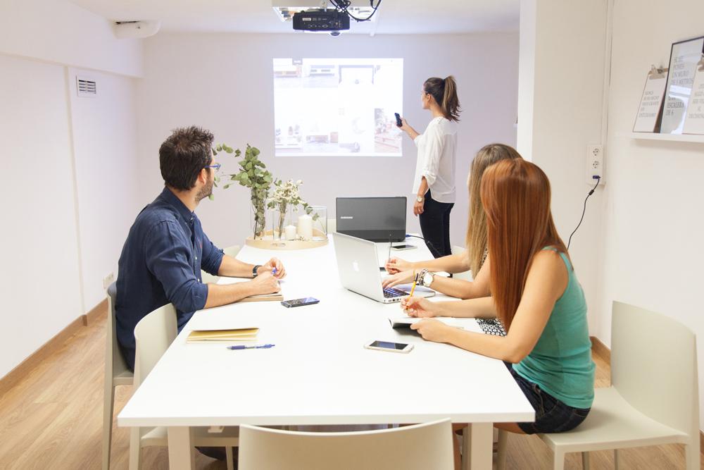 coworking-la-eliana-sala-reuniones-grande