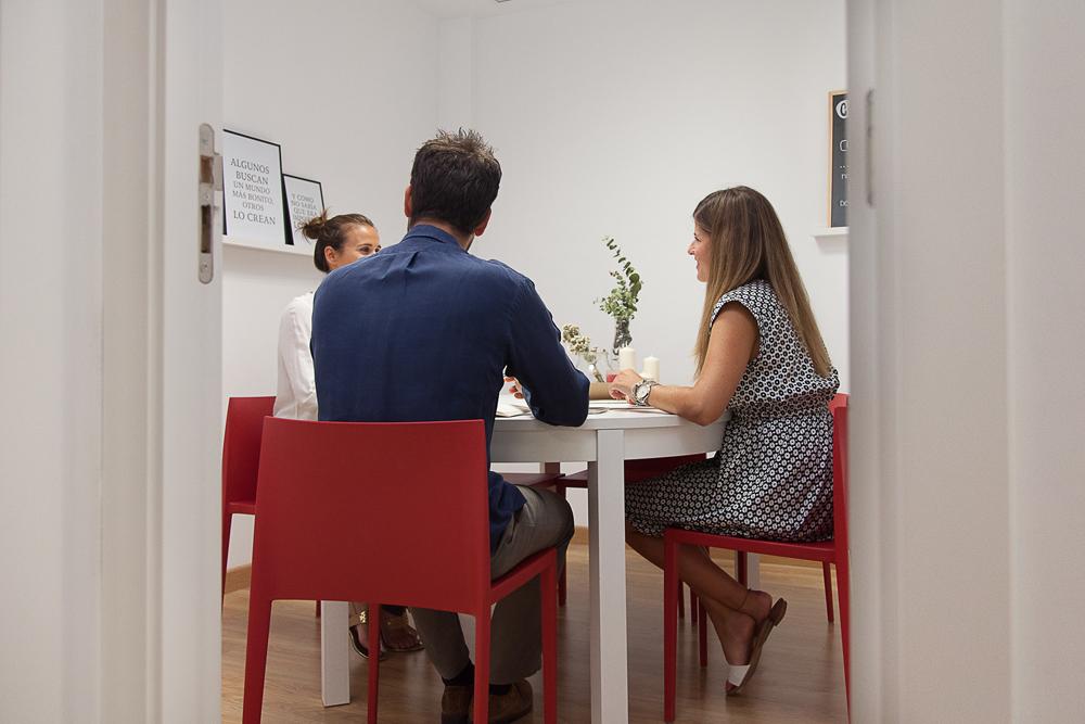 coworking-la-eliana-sala-reuniones-pequena